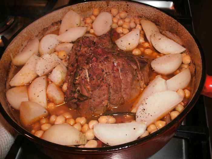 Pot roast lamb