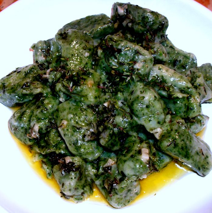 Nettle gnocchi with thyme butter