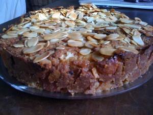 Rebecca's Apple & Date cake