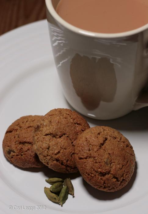 Spelt, ginger & cardamom cookies