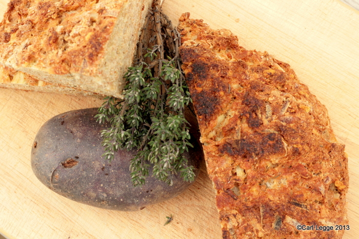 Potato soda bread with cheese, garlic & thyme crust