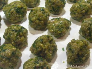 Three-cornered leek meatballs